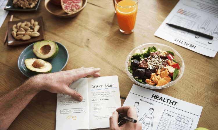 Để lên một thực đơn giảm cân hiệu quả cho người béo phì, trước hết bạn cần nắm rõ nguyên tắc giảm cân an toàn